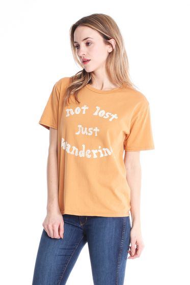 """Comune """"Not Lost Just Wandering"""" T-Shirt"""